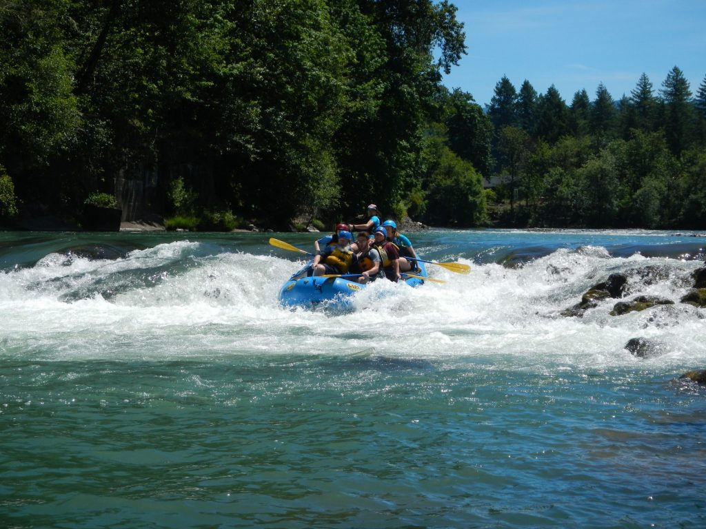 Rafting Mill City Falls on thre North Santiam River